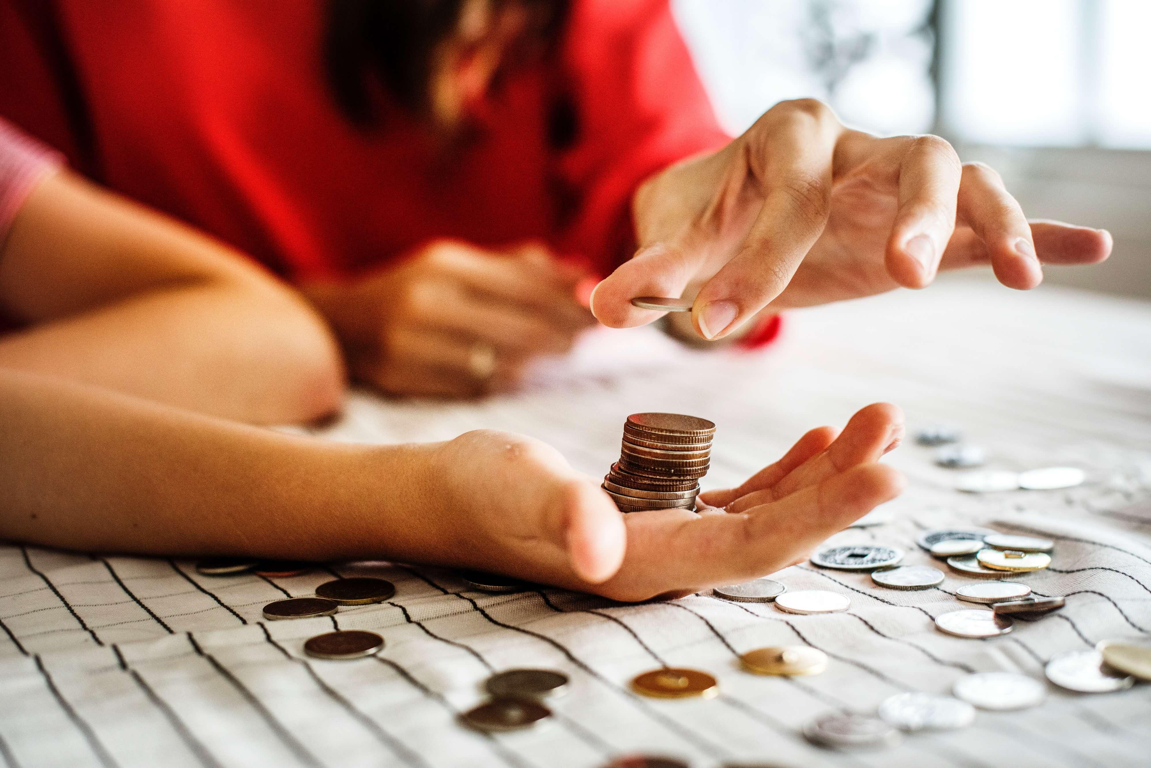 Veel geld besparen? 9 tips helpen je daarbij!